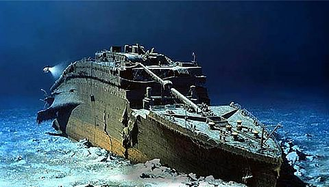 Titanic Wreck, The RMS Titanic Shipwreck, Titanic Wreckage Pictures Map Location Site