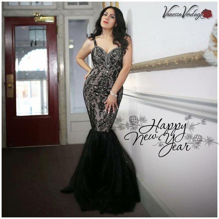 Excited for the joy and abundant success 2017 will bring everyone! HAPPY NEW YEAR 😘 ❤ ———————— Vanessa Verduga LaVerduga Urban Latino Artist ———————— Find me: http://vanessaverduga.com/ http://laverduga.com/ http://JusticeWoman.com/ ———————— My latest single: Owner of My Heart http://smarturl.it/vOwnerHeart ———————— #musicindustry #ArtistTip #singer #songwriter #fanpop #music #latinmusic #song #artist #fanclubs #fanpop #latin #LaVerduga #vanessaverduga #urbanlatino #pop #musica #Reggaeton…