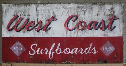 DIY: Stylish Distressed Wooden Signs