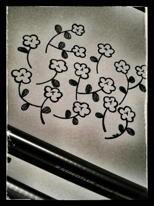 Tiny lil' flowers