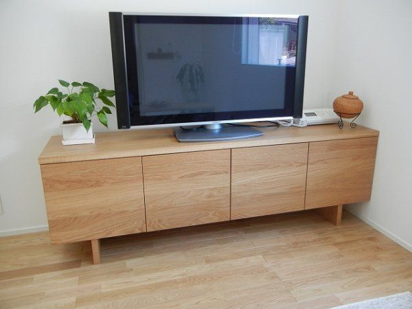 無印良品ならではの、シンプルなデザイン。テレビボードも素敵です。
