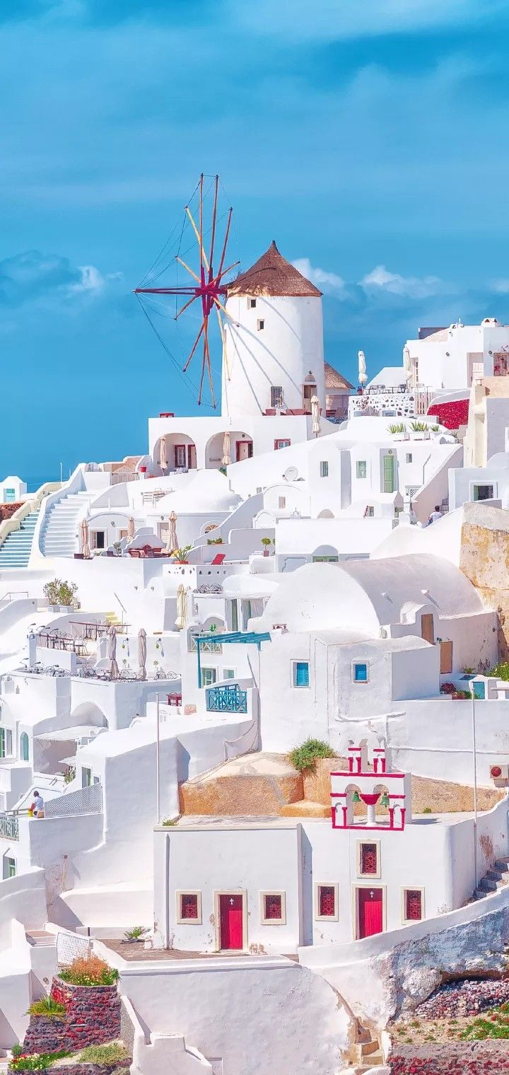 Fira Also Called Thira Or Thera Is The Main Town On Santorini And Sits On Top Of A Cliff Of The Beautiful Places To Travel Places To Travel Santorini Greece