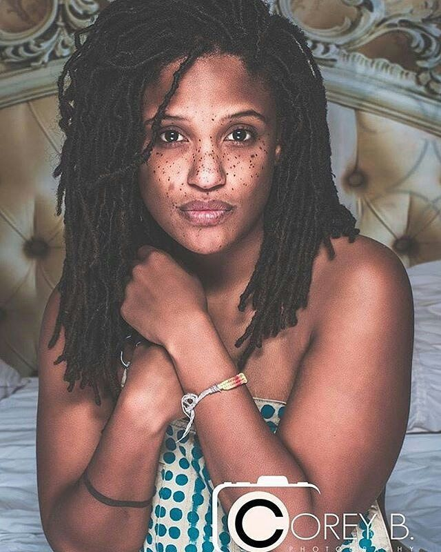 The Home of Locs : Photo