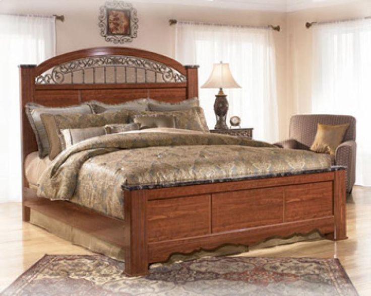 B10566 In By Ashley Furniture In Stockton Ca King