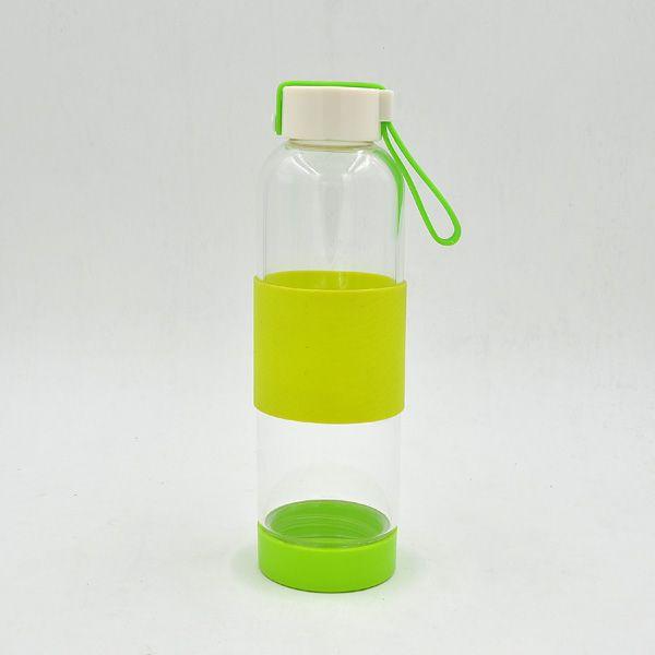 светлая бутылка с ручкой ёмкости которого 550ML