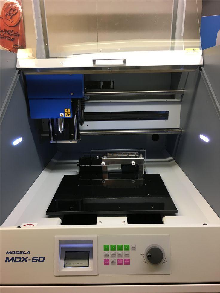 Roland MDX-50 CNC-jyrsinkone