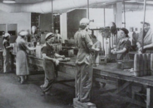 the contribution of war planes in the history of world wars The ford motor company assembly plant in  conversion to wartime production during world war ii aided the nation  richmond museum of history.