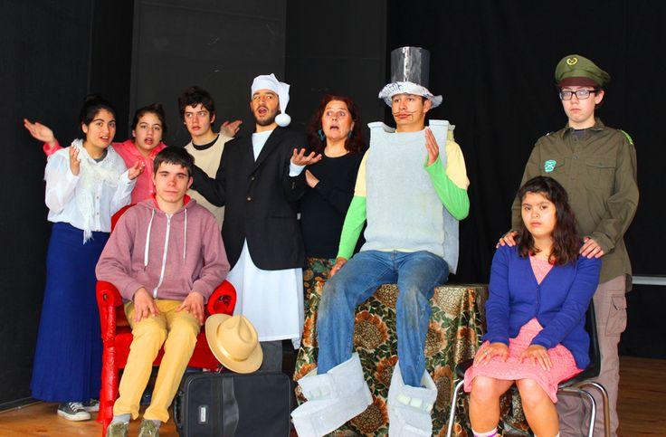 """Primer Festival de Teatro de Personas con Síndrome de Down """"Mundo Incluye"""".  6, 7 y 8 de noviembre a las 20.00 horas en la Sala de Teatro de la Universidad Mayor y se presentarán cuatro obras, gratuitas para todo público."""
