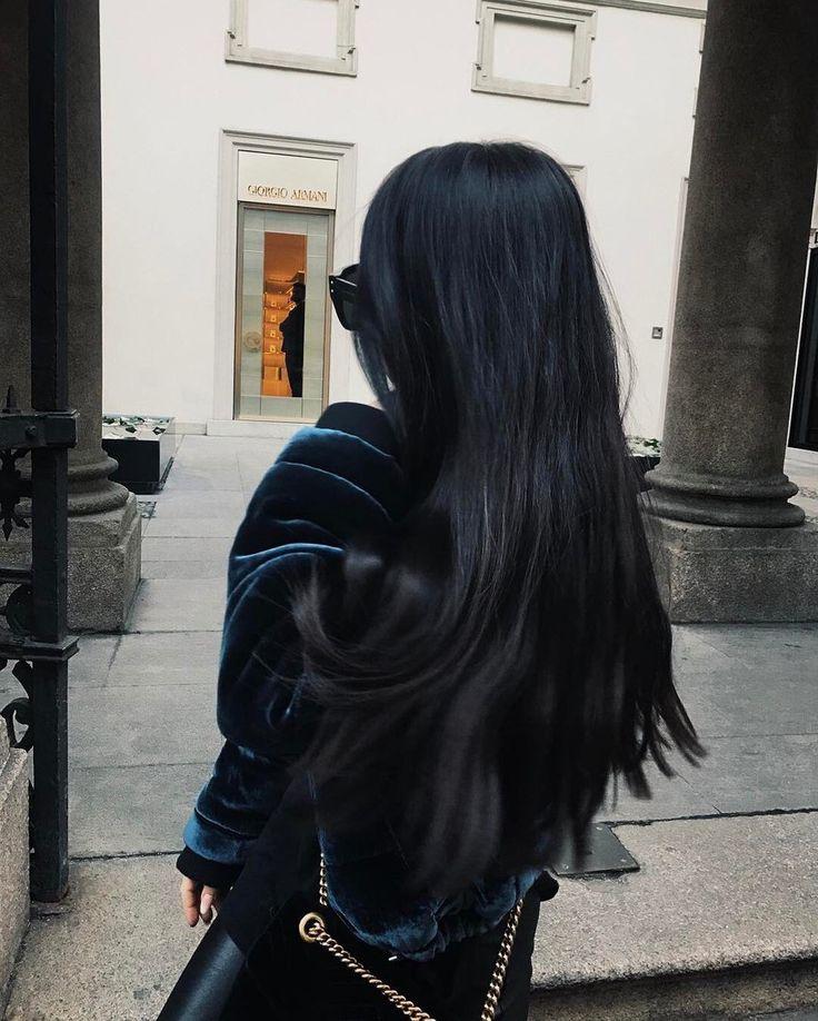 Фото длинные черные волосы со спины