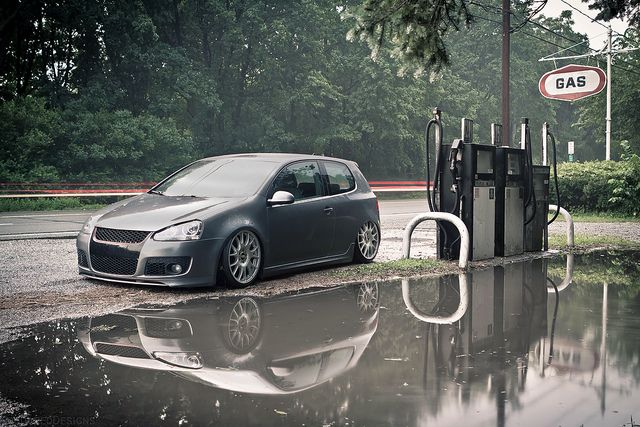 17 best images about vw golf mk5 on pinterest wheels for Garage volkswagen marennes 17