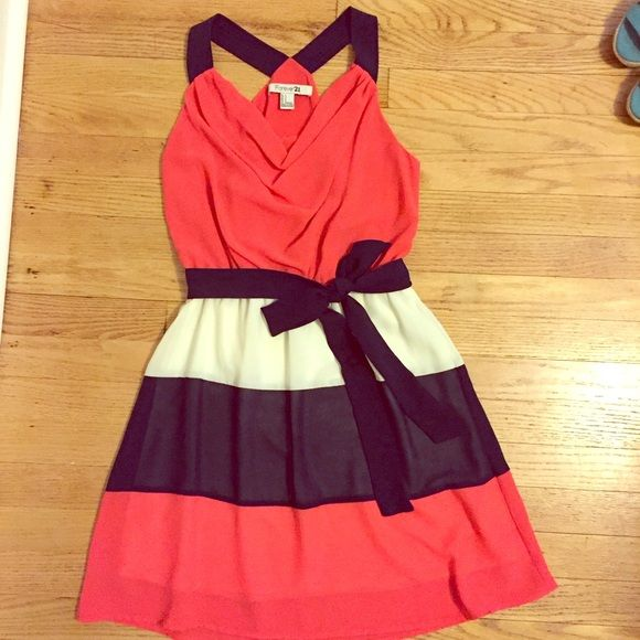 navy, white, coral sundress navy, white, and coral | removable navy waist tie | fully lined | cinched waist | worn once Forever 21 Dresses