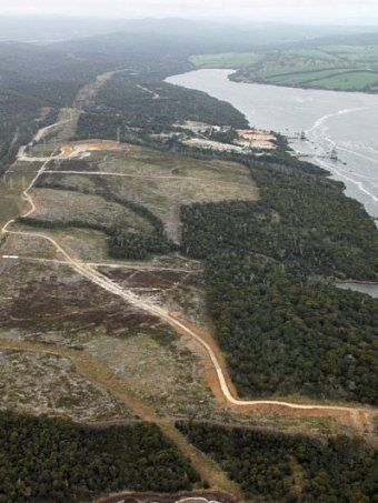 Gunns' pulp mill site in Tasmania. TVR ABC News 25/10/12 proposal for wind farm on pulp mill site