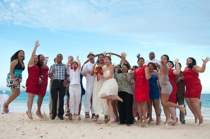 Looks like everyone had a fantastic time here at Mio & Todd's wedding! Destination wedding by DestinationVows.