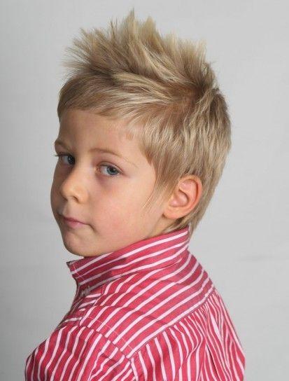 Corte cresta y pelo de punta