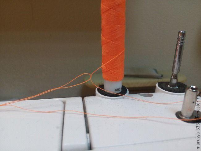 Как прострочить отделочную строчку в три нитки из одной катушки: публикации и мастер-классы – Ярмарка Мастеров