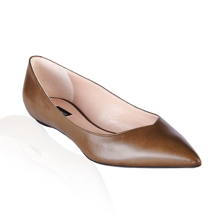 Marc Jacobs Tripon Ballerina Flat Tundra - Step out with these sexy 'Tripon' flats by Marc Jacobs, a classic staple to any closet.
