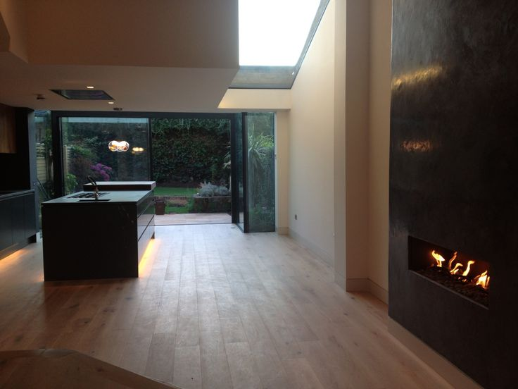 Tadelakt finish fireplace by Dan Dixon-Spain - London
