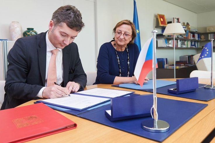 Česká republika podepsala Istanbulskou úmluvu | Blog Rovné šance