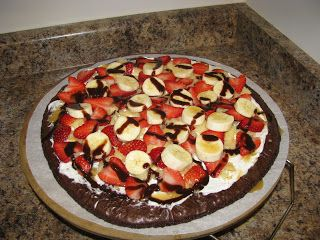 Pampered Chef Brownie Pizza - BeaufortBelle: Tasty Tuesday