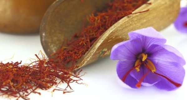 Saffron is not only a spice used in food, it also has benefits for your skin.