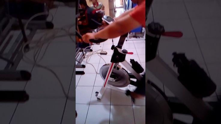 Sepeda fitness, spinning bike, sepeda statis, alat fitness