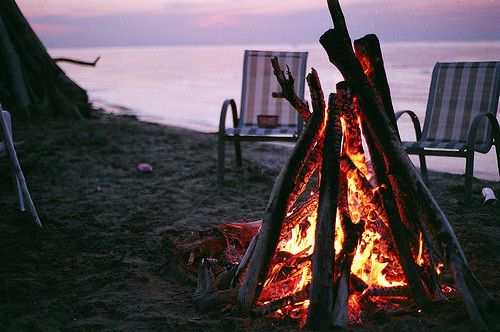 ahh summer... beach bonfires.