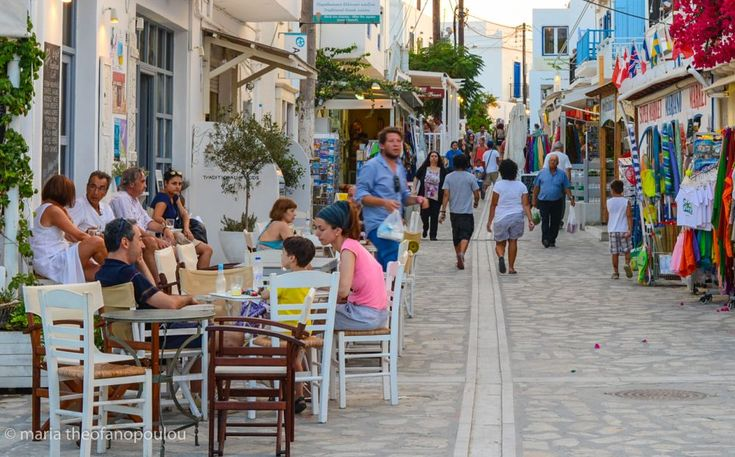 WTTC: Greek Tourism to Remain Robust to 2027, Driver of Economy