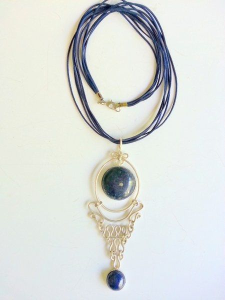 Lapis stone 925 sterling silver necklace silver made by Berrin Duma.
