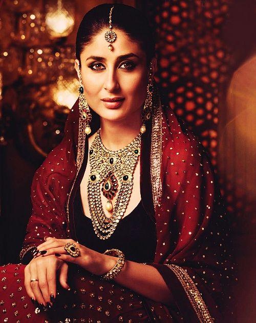 Fashion: Kareena Kapoor In Manish Malhotra Latest Dresses Designs 2013