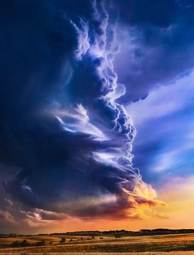 Towering thundercloud