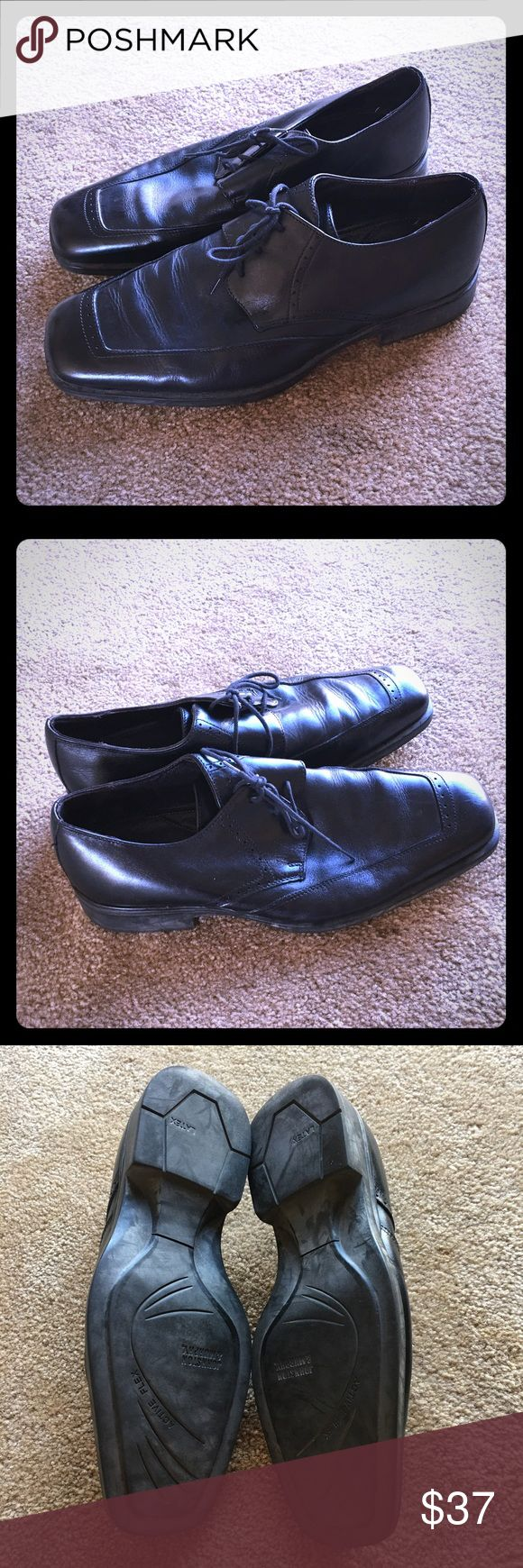 Johnston and Murphy leather shoes Sz 9.5 Mens Johnston and Murphy leather dress shoes. Excellent condition with very little wear. Johnston & Murphy Shoes Loafers & Slip-Ons
