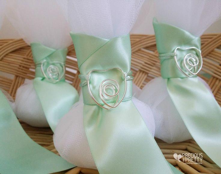 Mint wedding favors with a beautiful heart ornament #weddings #favors #bombonieres #mint #heart #jordan almonds #greece #preciousandpretty