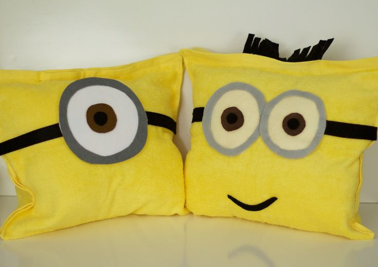 DIY Minions Pillows tutorial using yellow hand towels, felt, and a sewing machine with all items found @Target!  #MinionsAtTarget #ad