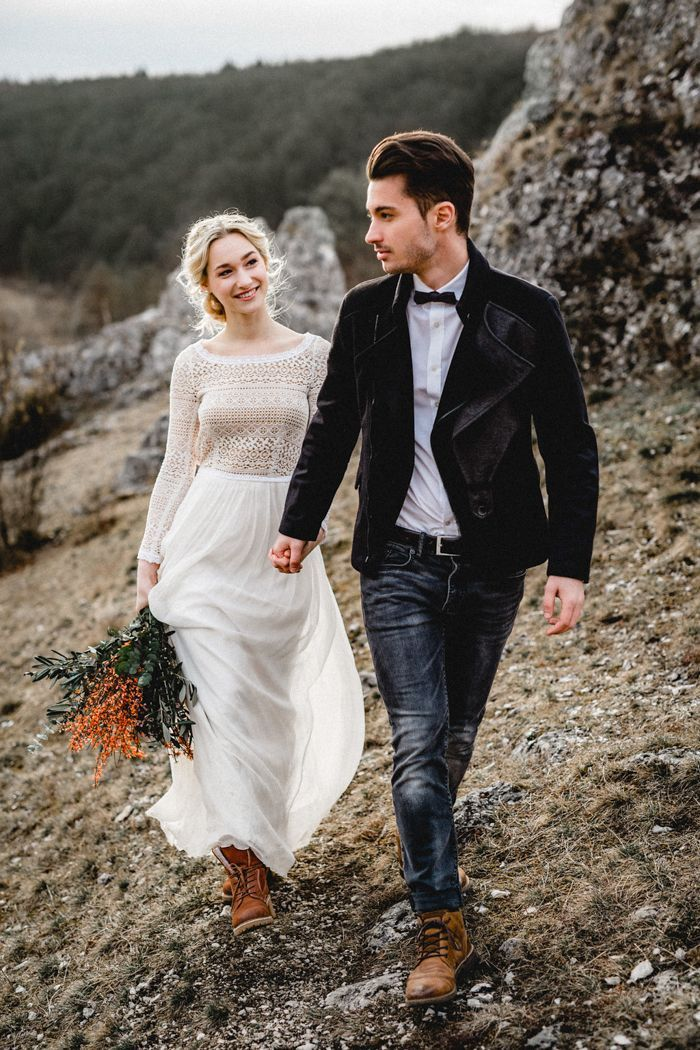 We can't get enough of this ethereal mountain elopement inspiration at Eselsburger Tal  Image by Kathi & Chris Vanlight Photography