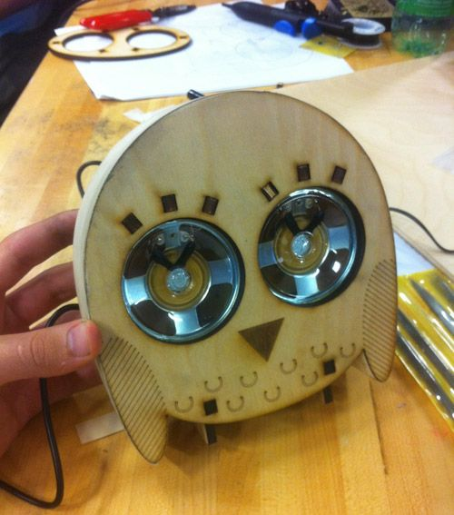 Jon Moeller is a technologist-designer from Texas who made these adorable owl speakers during a Build-Your-Own Speakers workshop held by David Mellis at the MIT Media Lab. Aren't these the most adorable speakers you have ever seen?