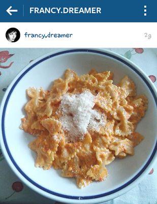 A Dreamer....: Ricettina: Pasta ai peperoni.