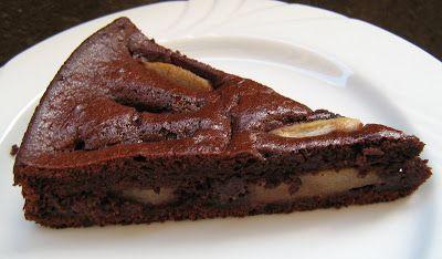 Dolci Torta pere e cioccolato  Cosa c'è di più bello in una giornata nuvolosa di una bella fetta di torta cioccolatosa? E se al cioccolato...