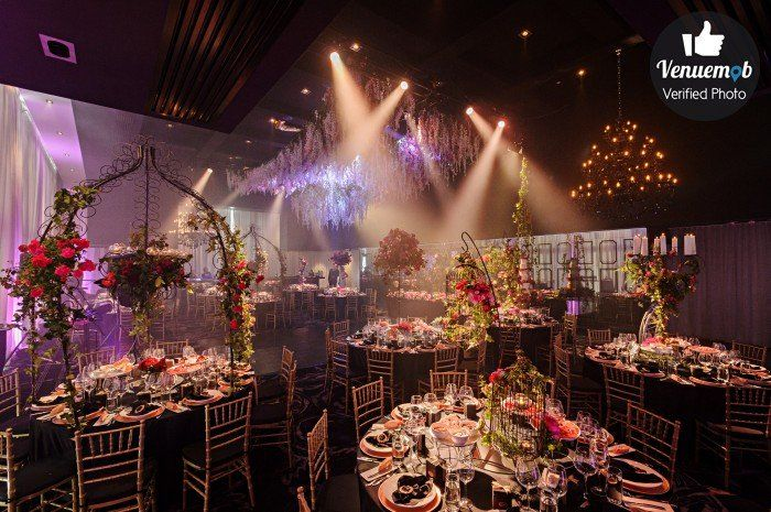 Check out our 8 favourite Melbourne school formal venues.