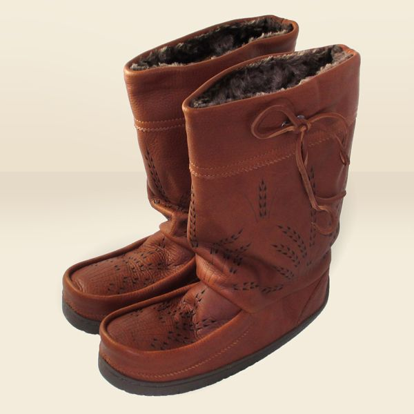 17 Best Mukluks Images On Pinterest Moccasin Boots