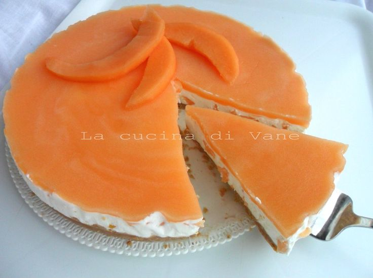 Torta fredda allo yogurt e melone ricetta dolce senza cottura