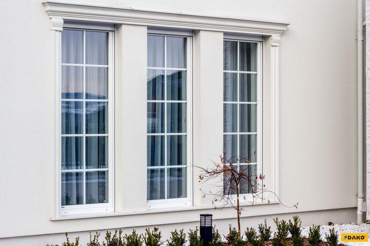 Klasycznie piękne białe okna ze szprosami - gwarancja elegancji!