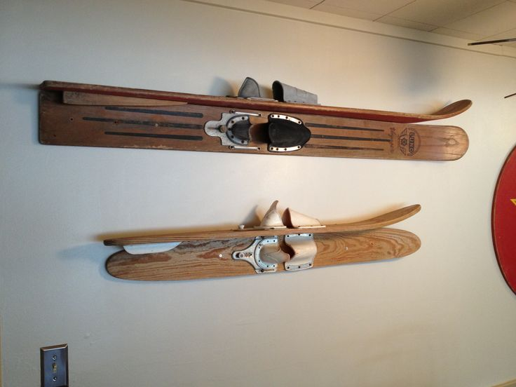 Vintage water skis as shelves Lake house decorating