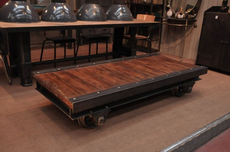 Le Grenier Roubaix France Stock Table Basse Industrielle Wagon Diy Industrielle