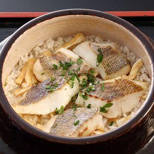 京都の老舗料亭「菊乃井」より自慢の逸品を。【鯛めし】
