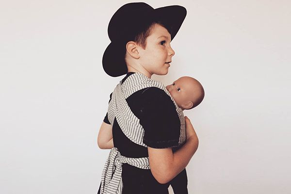 The perfect gift for a new big bro or sister.  Have you thought about a special gift for your soon to be sibling to help share in the joy of your new babes arrival? These wraps are just thing and just like mummy and daddy