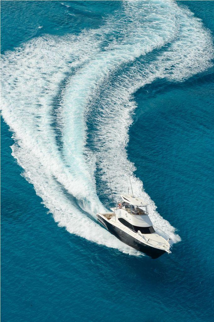 uShaka cruising through the blue waters of Seychelles...