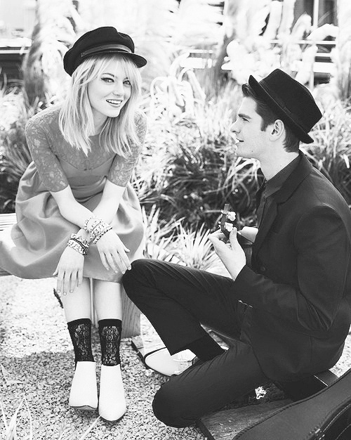 Andrew Garfield and Emma Stone. they are the cutest people ever. I LOVE EMMA STONE.