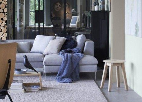 Interieur inspiratie: comfortabele woonkamers om je heerlijk in terug te trekken na een lange dag op het werk. Doe inspiratie op met comfortabele woonkamers