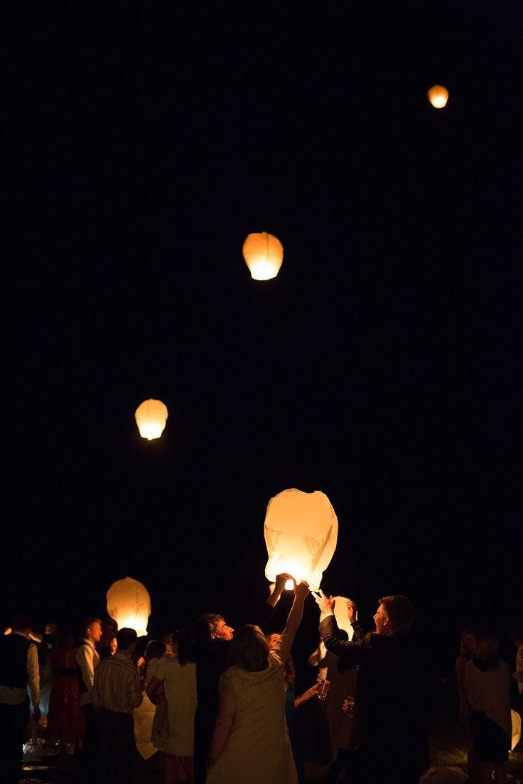 les 25 meilleures id 233 es concernant lacher de lanterne sur l 226 cher le ballon ballon