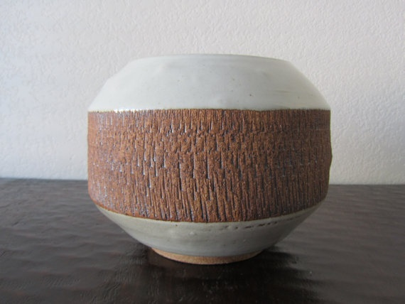 Gray and Brown Textured Planter by LoveLiveVintage on Etsy, $22.00Texture Planters, Brown Texture, Gray And Brown